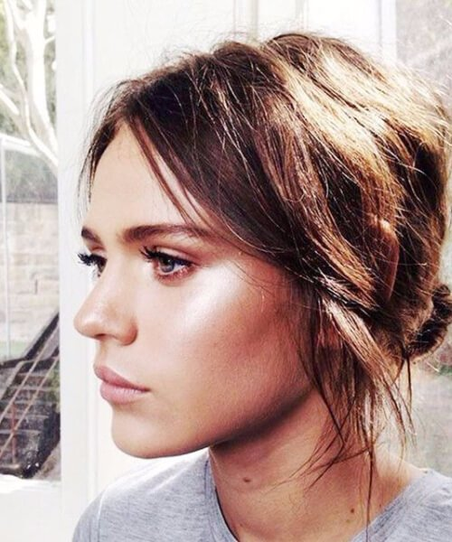 Chic updos for short hair