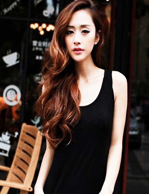 Wavy Hairstyles for Women-18