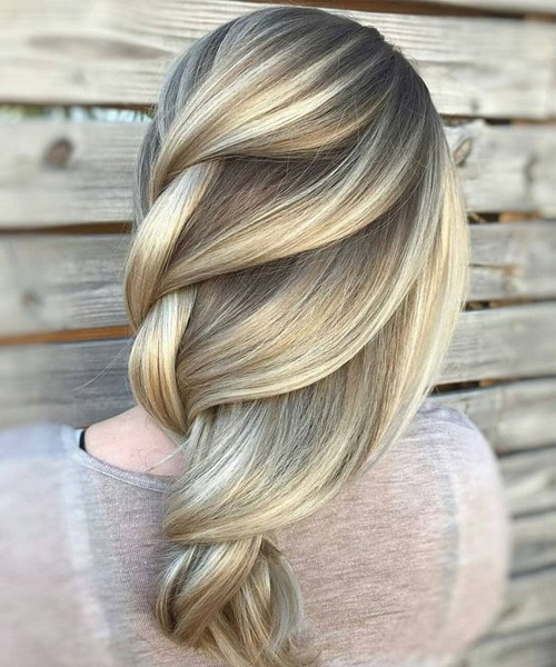 Amazing Balayage to Blonde Loose Braids for Long Hair to Get an Alluring Look