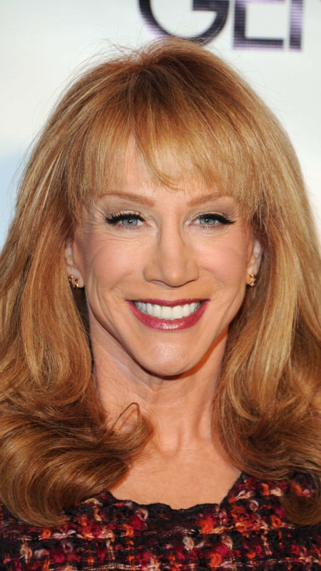 Kathy Griffin layering 2017