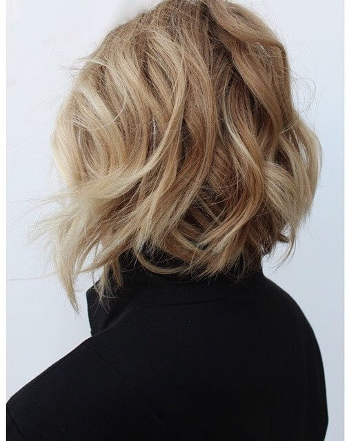 Pretty short hair for women with modern waves