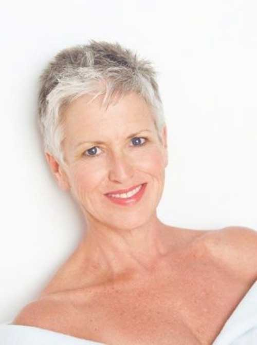 short hairstyles for mature ladies