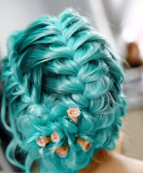Teal wedding hairstyles for long hair