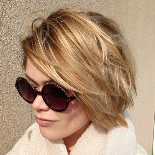 Blonde bob with layers