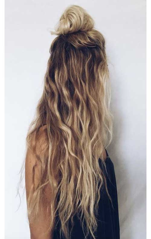 Wavy long hairstyle