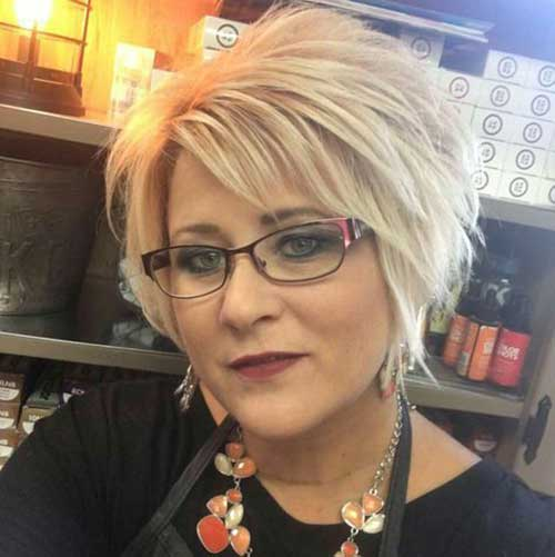 short hairstyles for over 50