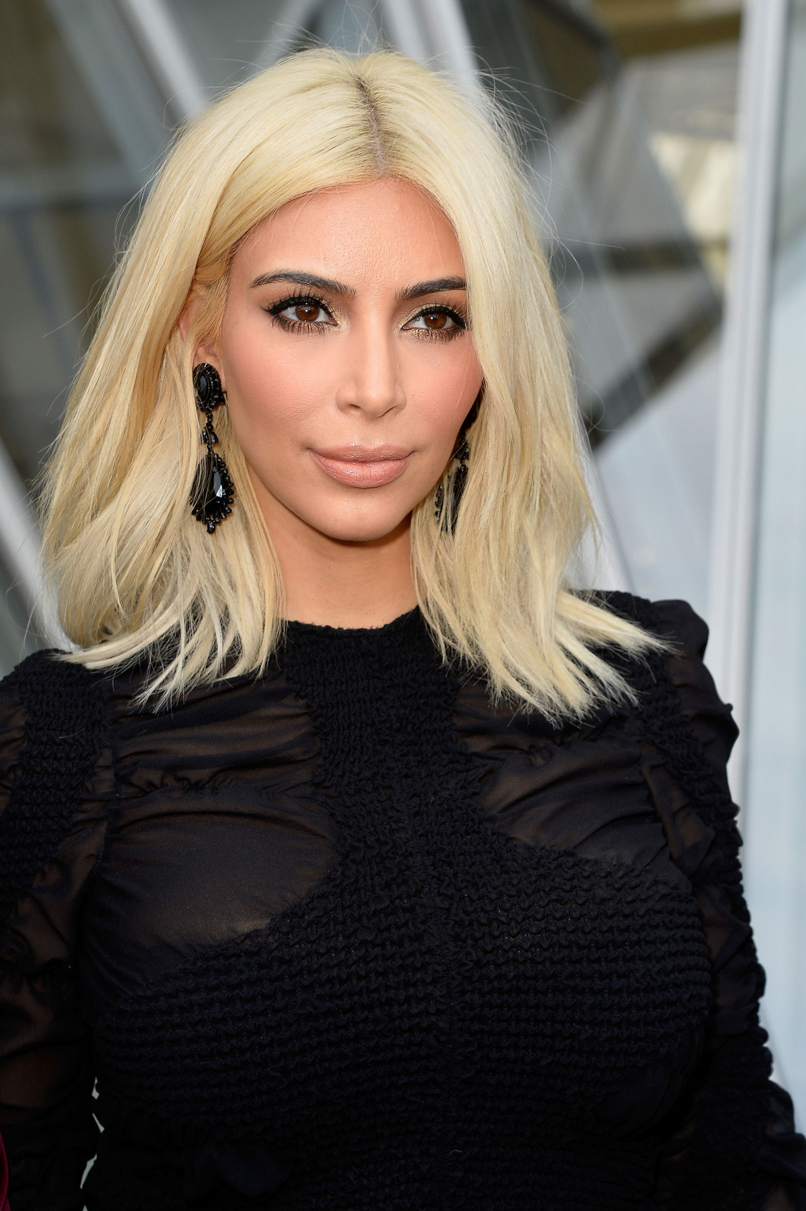 best short haircuts for women with blond hair
