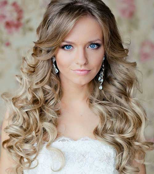 Curly hairstyles for women-22