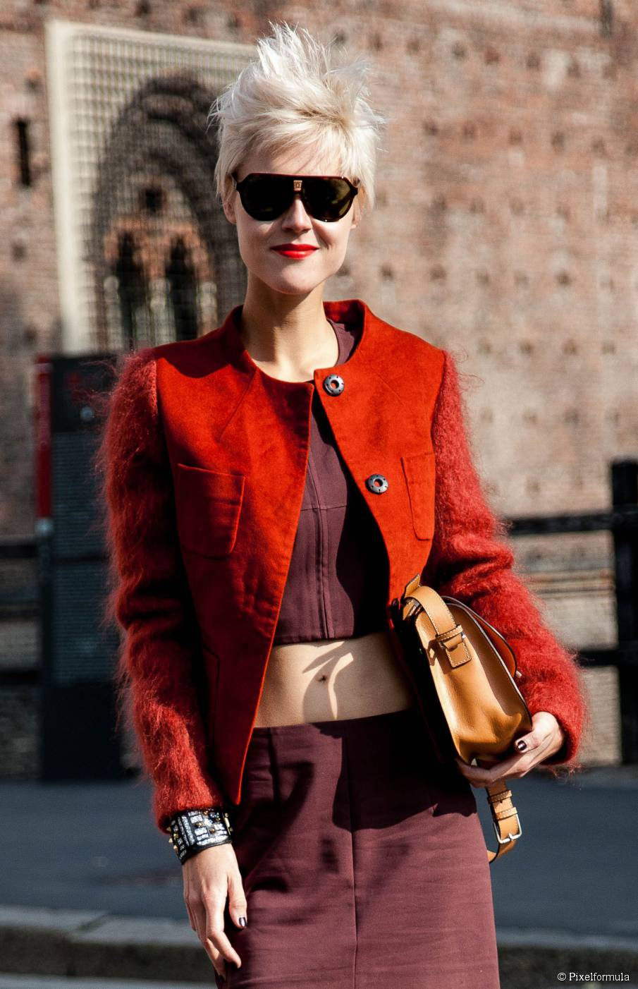 Streetstyle blonde Pixie cuts
