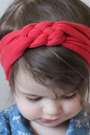 Cute hairstyles and headband hair accessories