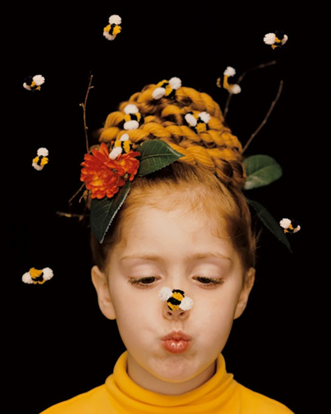 Halloween hairstyles for children with bees