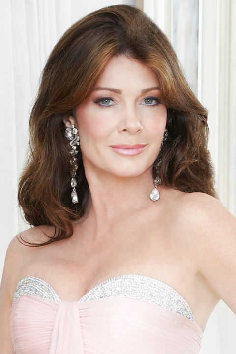 Long brunette housewife hairstyles