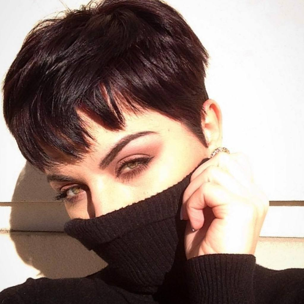 Trendy Pixie Haircut for Women, 2018 Summer Short Hairstyle Ideas