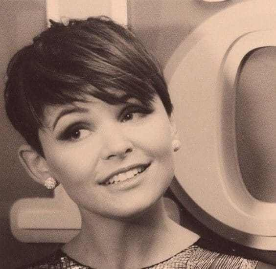 Beautiful pixie hairstyles by celebrities and their looks