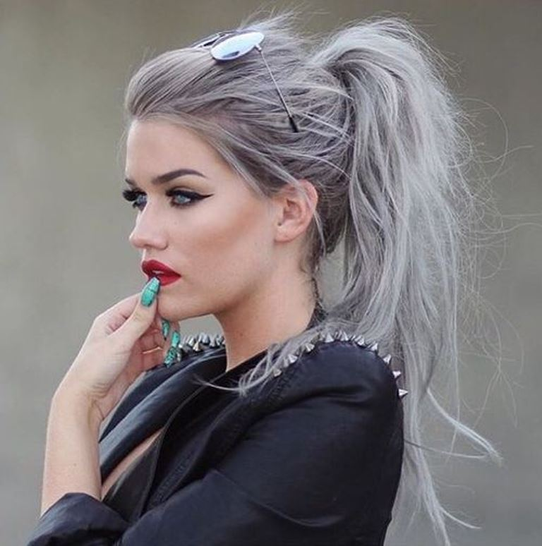 Gray hair color and messy ponytails