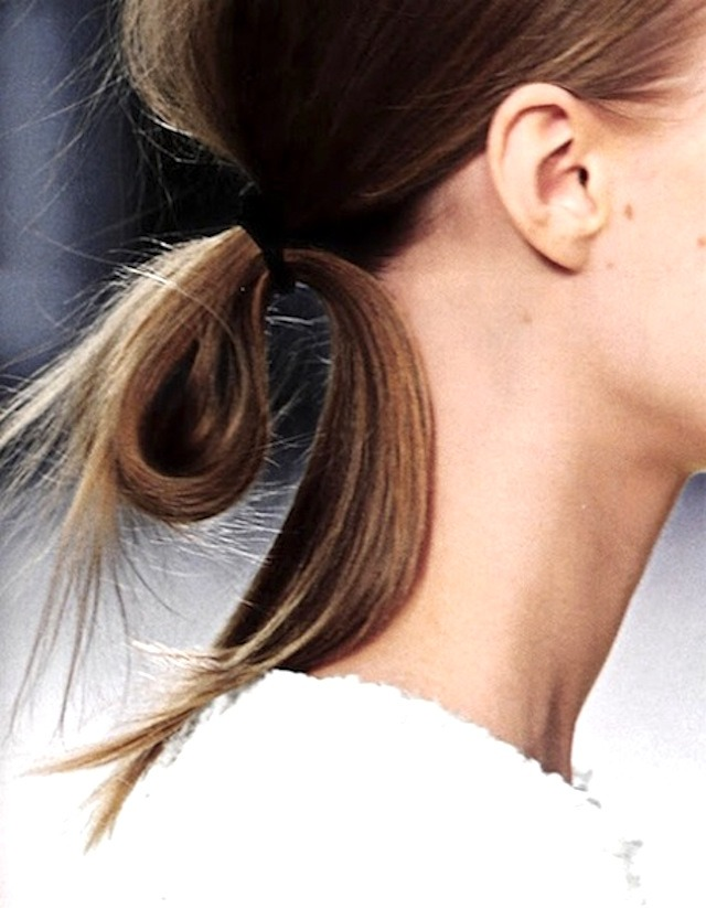 Looped ponytail hairstyles summer 2017