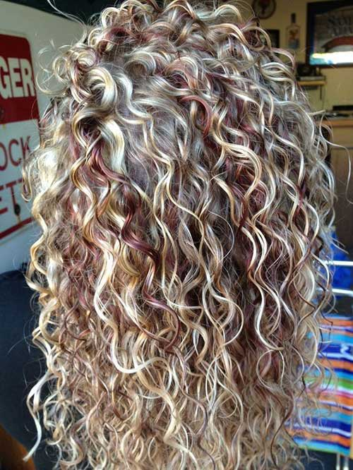 Curly hairstyles for women-9