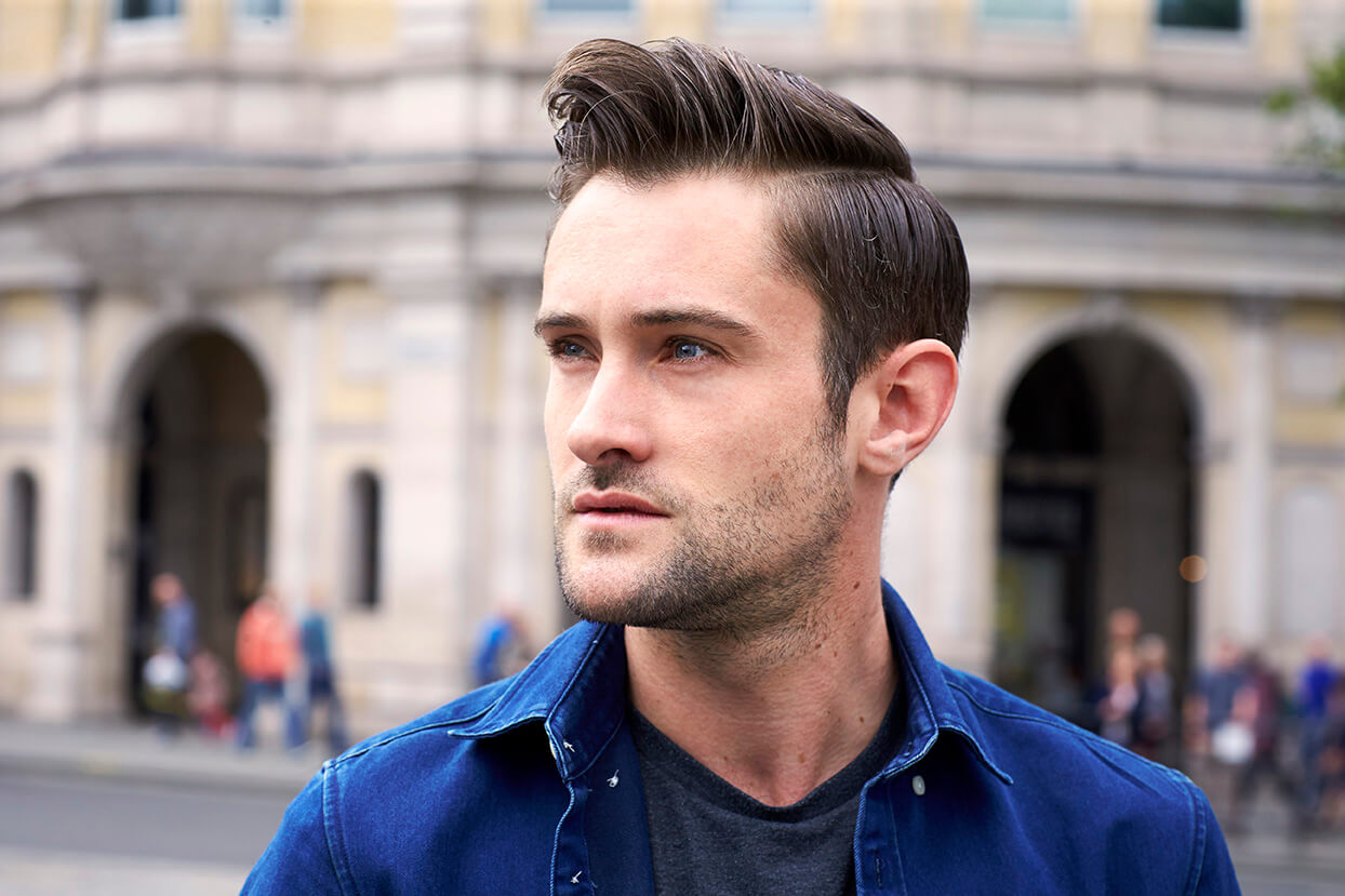 Streetstyle Widows Peak Hairstyles for Men </ figcaption> </ figure></p> <figure id =