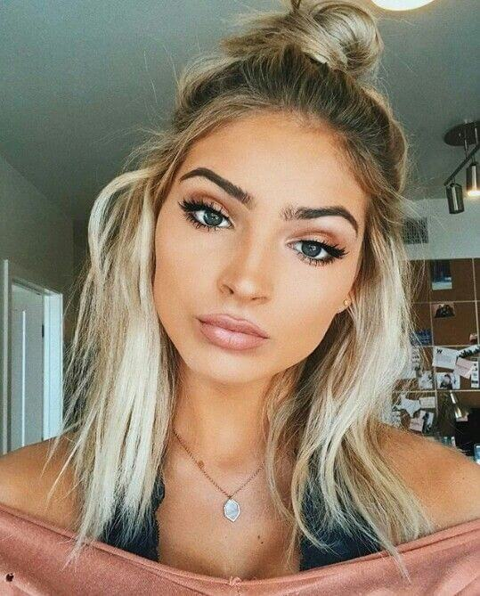 Sexy shoulder-length Waves with top knot