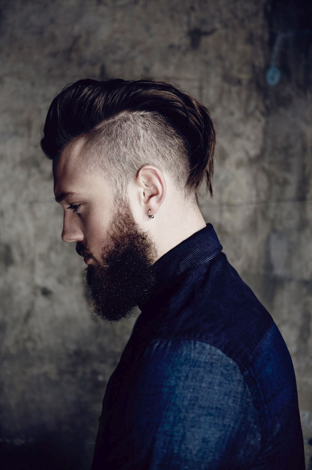 shaved-Undercut hairstyles-for-men-with-beards-2017