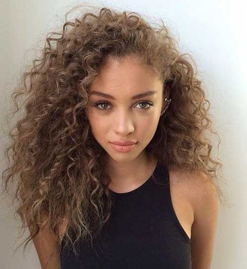 Curly hairstyles for women-25