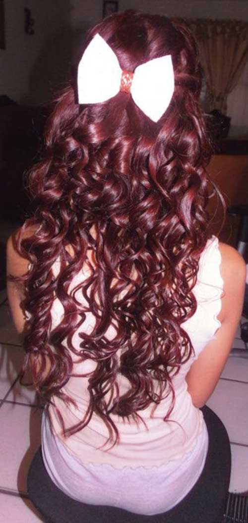 Sweet curly hairstyles for girls