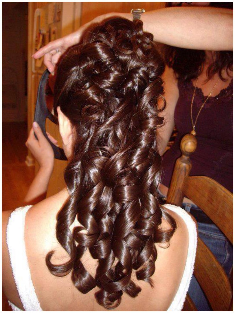 Curly Long Hair Hairstyles for the Winter Autumn (1)