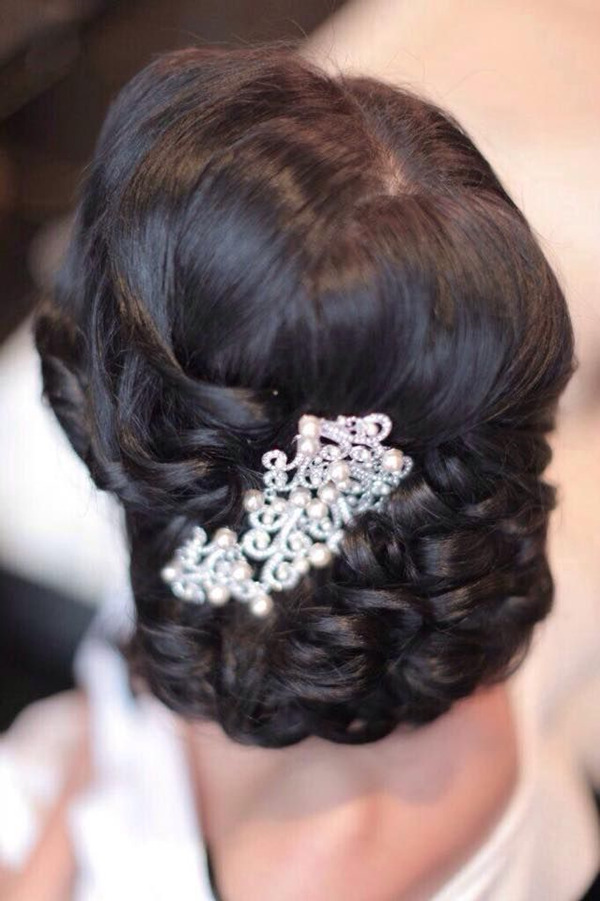 Vintage pearl bridal headdress-in-black-updo wedding hairstyles