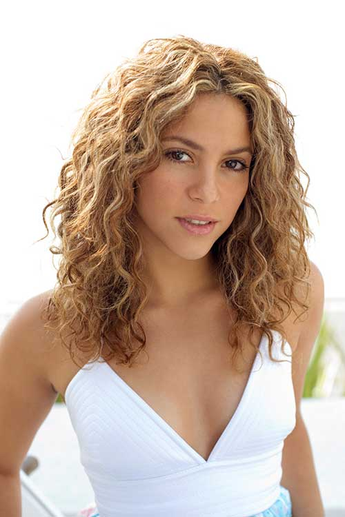 Haircuts for Curly Hair-17