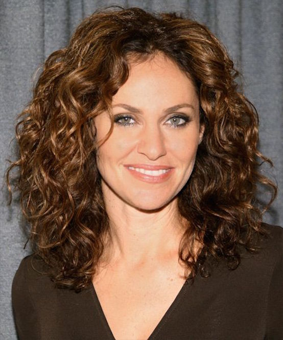 curly bed head hairstyles women