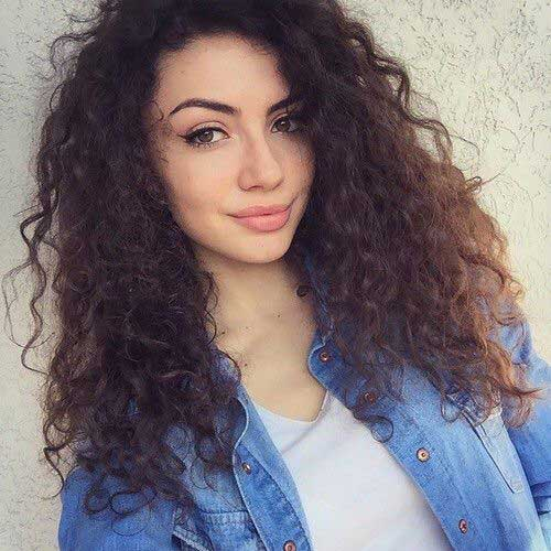 Hairstyles for Curly Hair-33