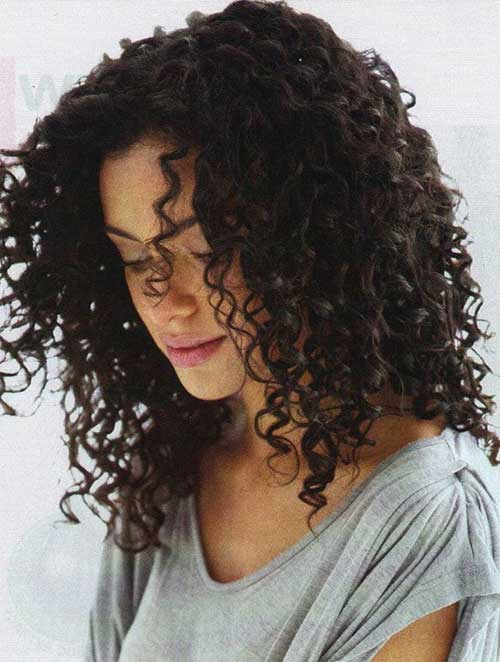 Naturally curly hair for girls
