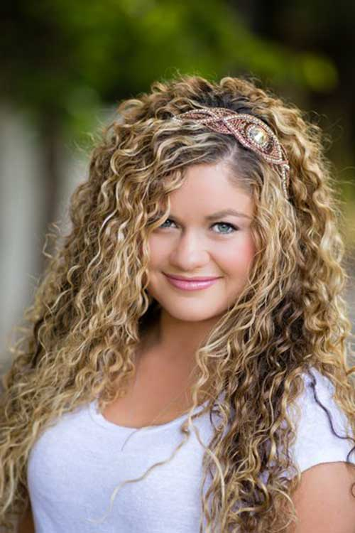 Thick curly hairstyles for girls
