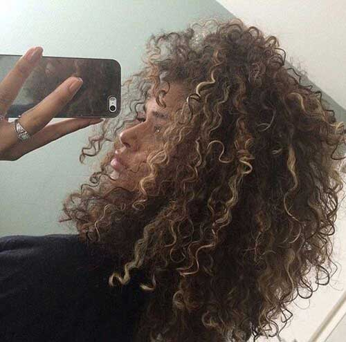 Haircuts for Curly Hair-16