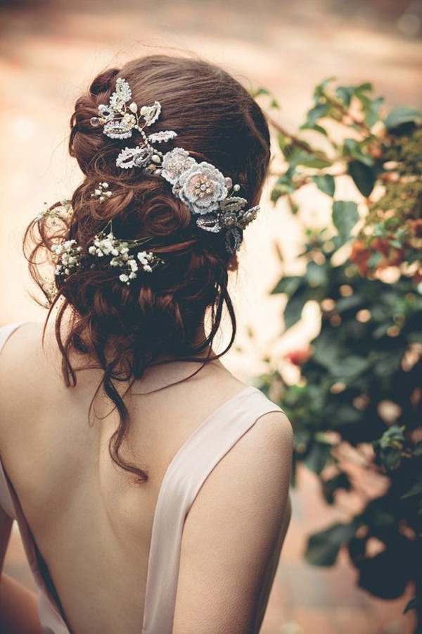 Vintage bridal headdress for-Updo Wedding Hairstyles