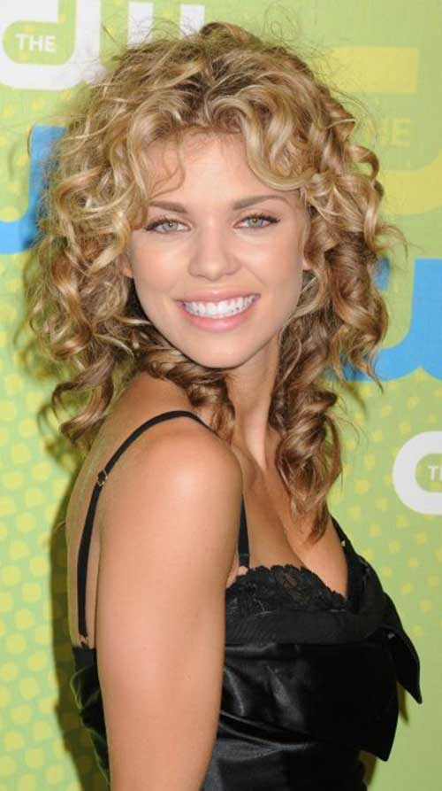 Stylish Loose Perm hairstyles