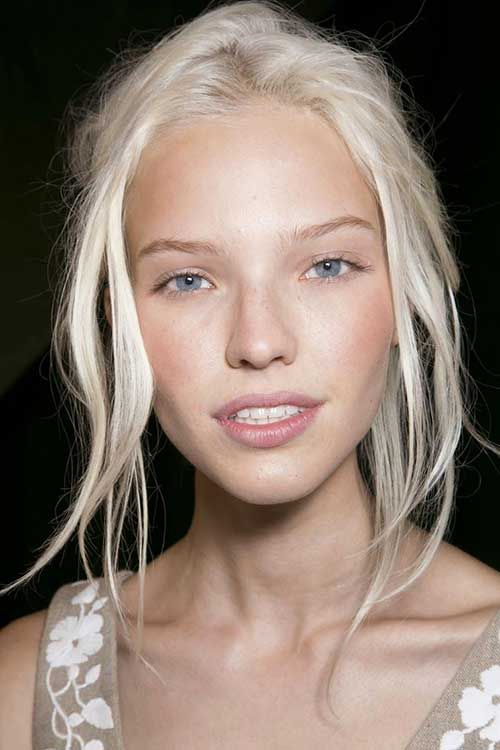 Long blond hairstyles-17