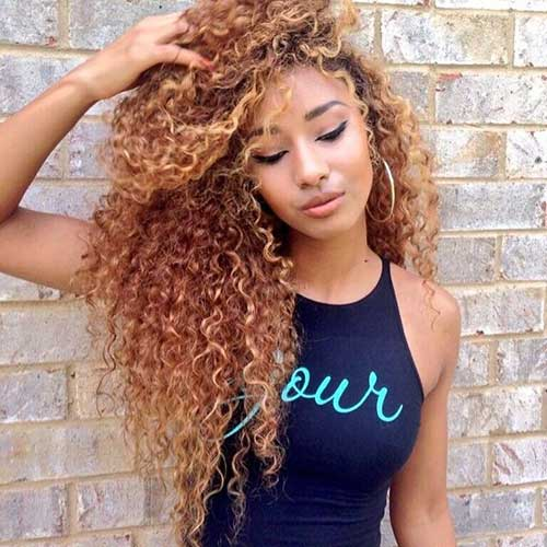 Long curly weave