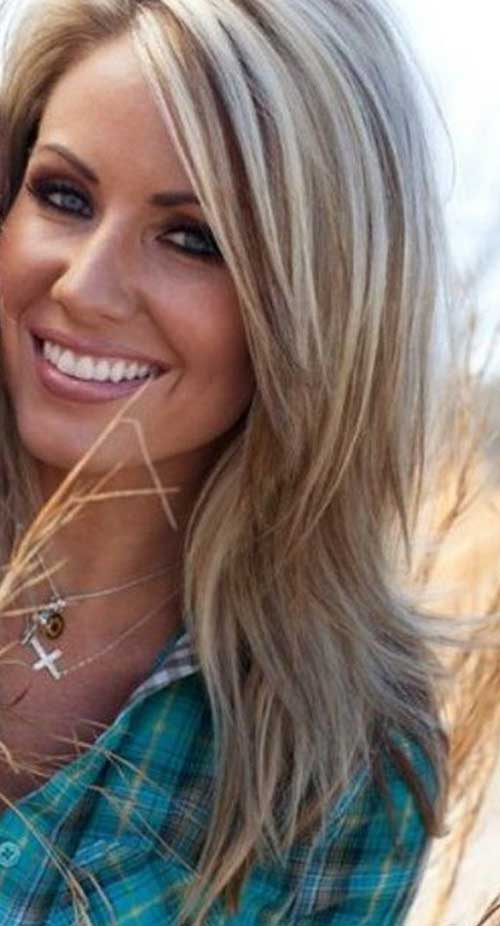 Highlighted long blonde hairstyles
