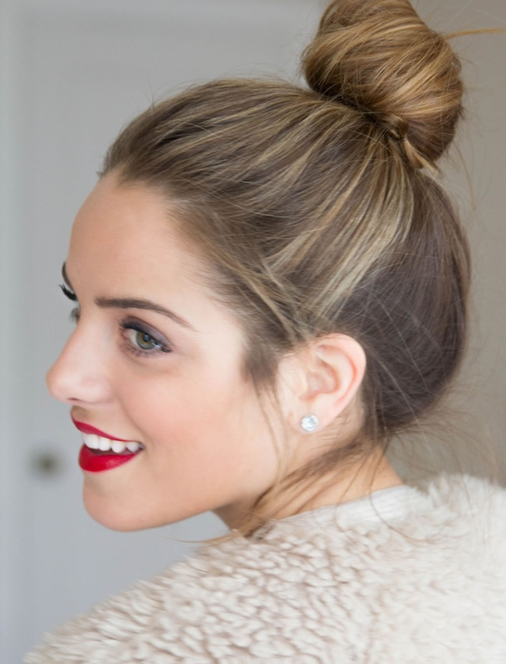 Bun hairstyle ideas 2019 and hair colors