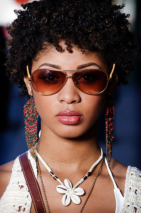 Short Hairstyles for Black Woman - 7