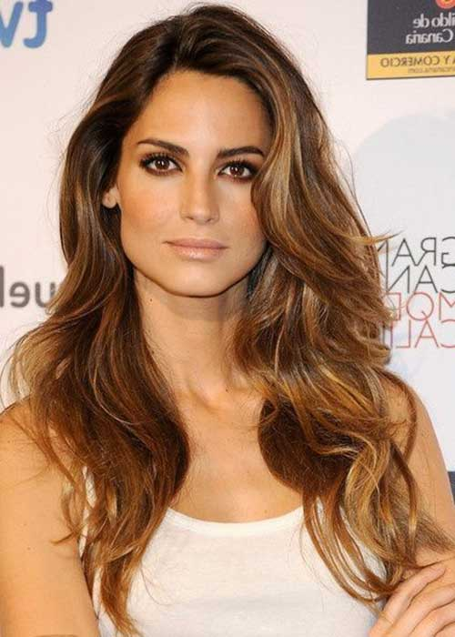Low Light Caramel highlighted hairstyles