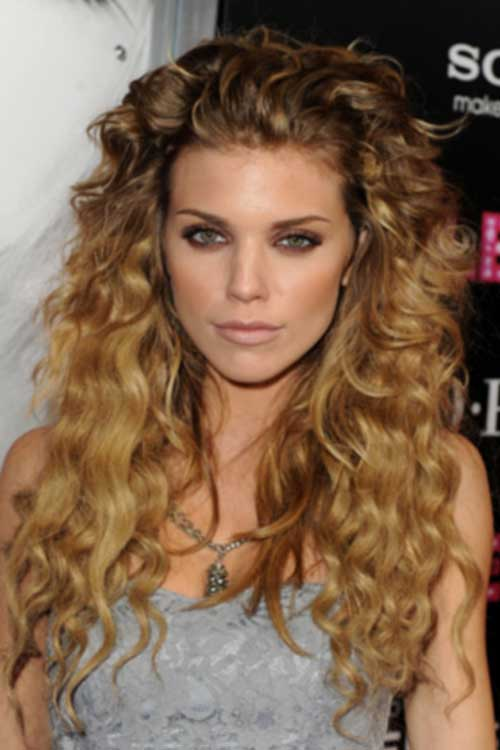 Nice styles for naturally curly hair