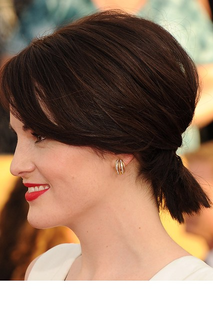 latest ponytail hairstyles for short hair (5)