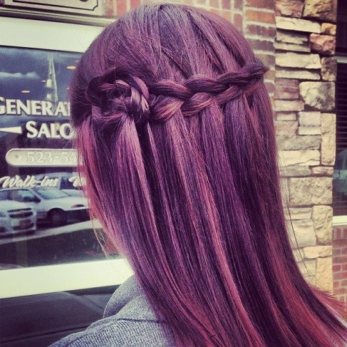 20 ultra-pretty hairstyles for the waterfall </ figcaption> </ figure></p> <p> Vibrant hair colors like this shocking, deep purple hue can get a little feminine charm with a waterfall pigtail.  However, to stand out from the sea of waterfall braids, add a sweet rose next to your look.  With a little practice, you can create that look in minutes, and the end result is a stunning style with a girlish personality.  </ P></p> <h3> Red Jewelry Crown: Loose Wavy Long Hair </ h3></p> <figure id =