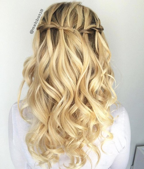 20 Ultra-Pretty Waterfall Hairstyles </ figcaption> </ figure></p> <p> Credit </ figcaption> </ figure></p> <p> The goal is to look soft and delicate for a prom or a wedding.  Pay less attention to the precision of the waterfall plait <em> </ em> and looser your curl.  Refine your style with voluminous curls with a long curling iron.  </ P></p> <h3> Continuous Waterfall Braid: Balayage Long Hair Styles </ h3></p> <figure id =